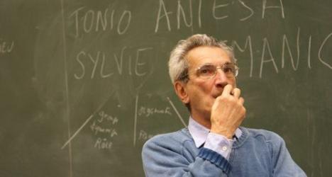 http://economiemagazine.fr/wp-content/uploads/2010/06/antonio-negri-inventer-le-commun-des-hommes.jpg