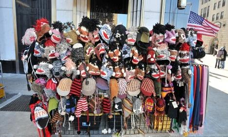 Le vendeur bonnets & écharpes