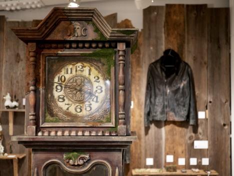 horloge par Maico Akiba